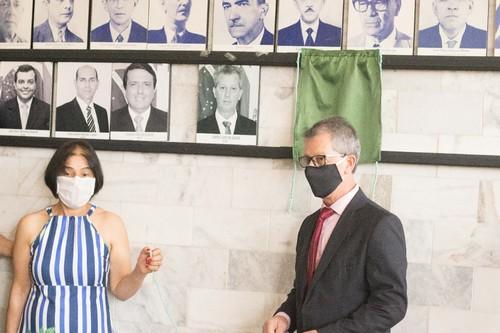 Fotos dos ex-presidentes foram inaugurados na galeria