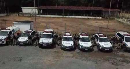 Grande efetivo policial participou da operação