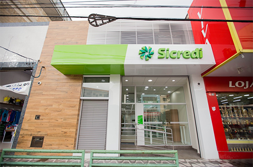 A agência em Lafaiete está localizada na Telésforo Rezende
