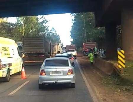 Acidente deixa trânsito lento na região de Congonhas