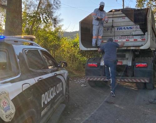 Suspeitos foram abordados durante diligências policiais