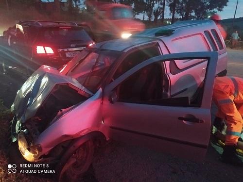 Veículo ficou muito danificado