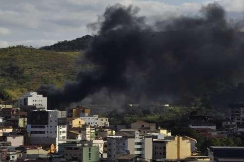 Camada de fumaça foi vista de vários pontos da cidade