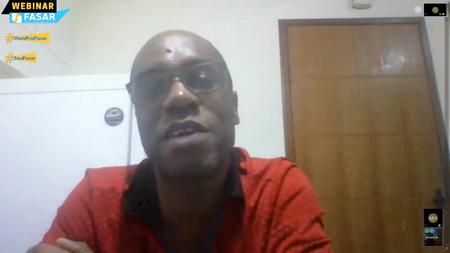 professor Gilberto Martins coordenou o webinar destinado aos alunos do curso de Administração