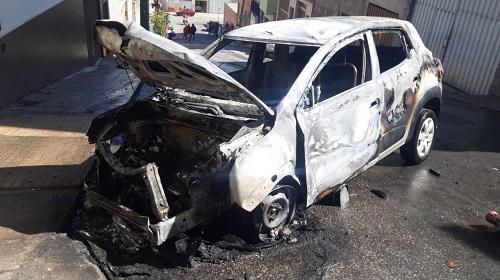Renault Kwid ficou bastante danificado