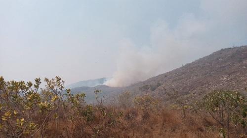Mais de 800 hectares da Serra já queimaram