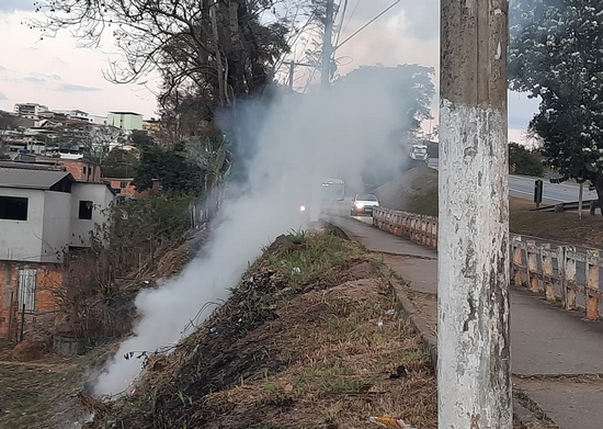 Fumaça também prejudica visibilidade para motoristas