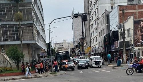 Ação ocorreu na praça do Globo